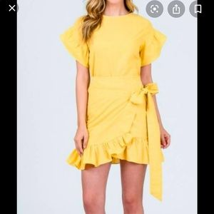New andmerci yellow wrap ruffle dress small